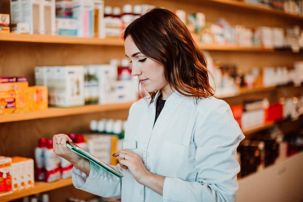 Ouvrir ou reprendre une pharmacie : quelles sont les procédures à respecter pour y arriver ?