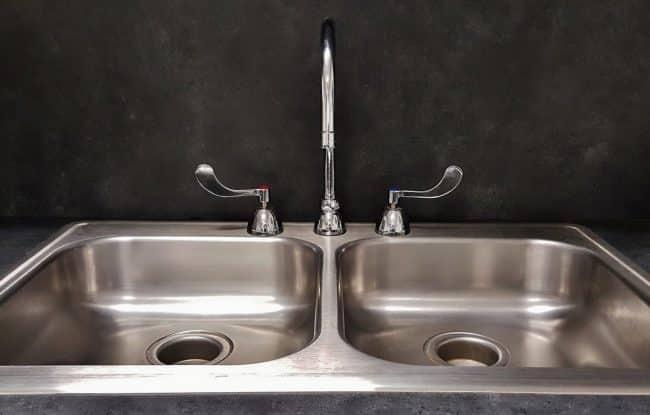 Du matériel en inox pour respecter les normes d'hygiène plus aisément